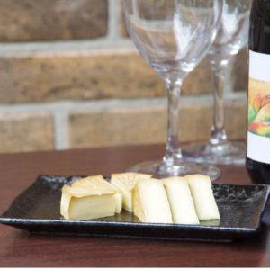 カット燻しカマンベールチーズ